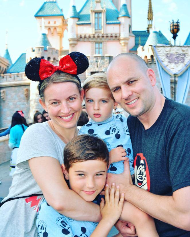Disneyland 2017 v2