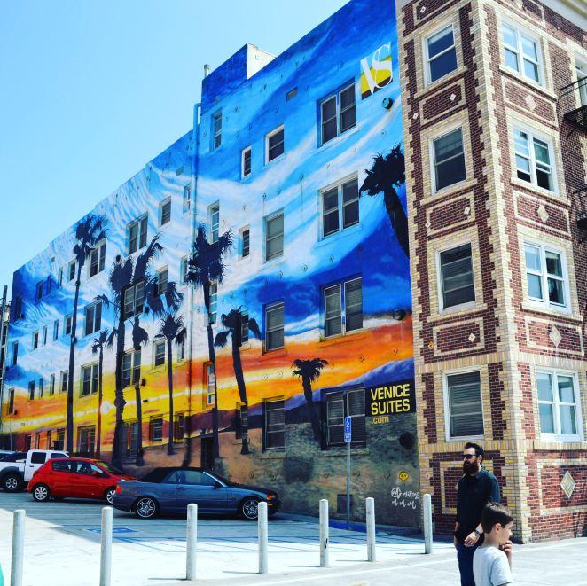 Venice Beach pop of colour
